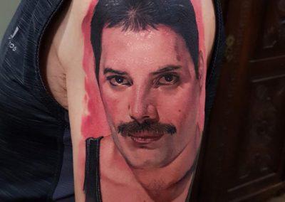 Tatuaje Freddy Mercury | tatuajes realistas | tattoo