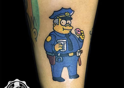 tatuajes simpsons | wiggum | tatuajes animados | tatuajes divertidos