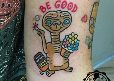 tatuaje et | tatuajes animados | tatuajes divertidos
