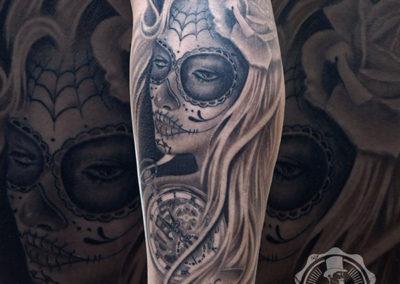 tatuaje catrina | blackwork | tatuajes realistas | tatuadores realistas madrid