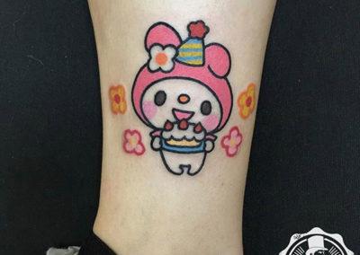 Tatuajes en la pierna: cartoon tattoos | tatuajes pequeños | Cornelius tattoo