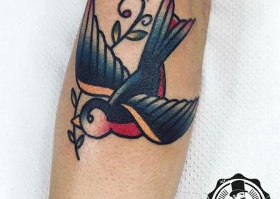 tatuaje-madrid-golondrina