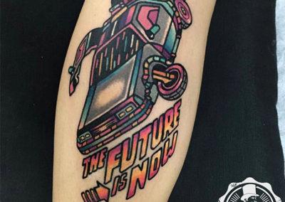 tatuajes-brazo-coche