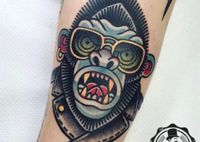 tatuaje-color-gorila
