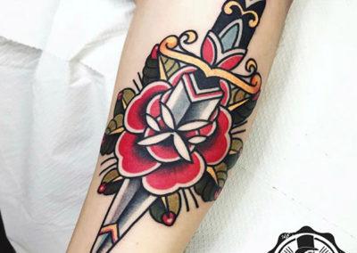tatuaje-pierna-oldschool