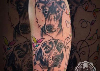 tatuaje perro | estudio de tatuajes: Cornelius tattoo