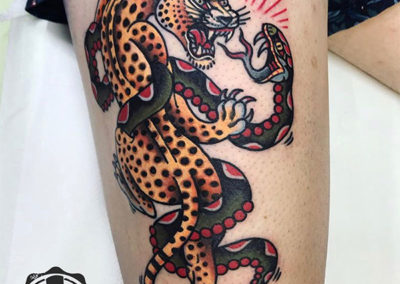 tatuajes old school: tigre vs serpiente