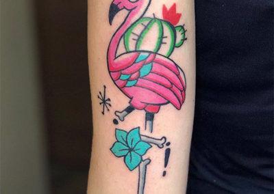 tatuajes mujer | flamenco rosa