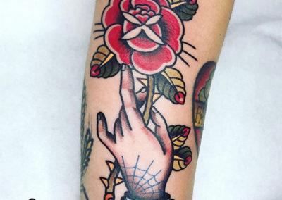 tatuajes de rosas | tatuajes old school