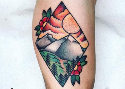 tatuajes old school de un paisaje