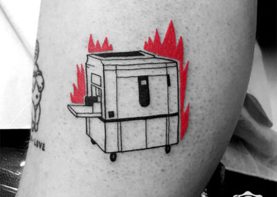 mini tattoo | rojo y negro