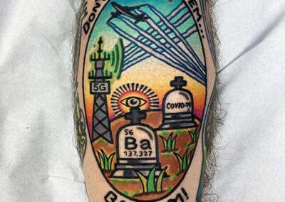 tatuajes a color | tatuajes en la pierna