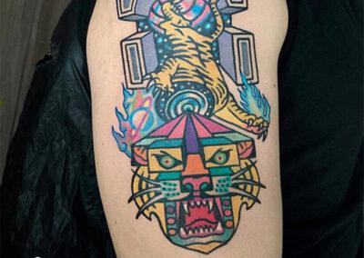 tatuajes a color de un tigre