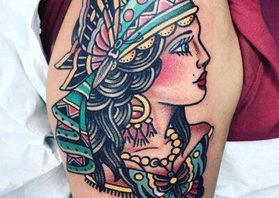 tatuajes old school de gitana