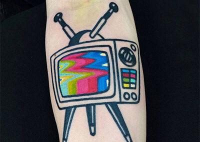tatuajes a color televisión