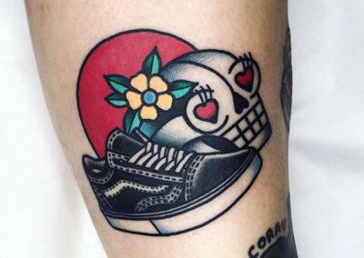 tatuajes old school zapatilla el bueno