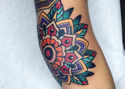 tatuajes old school mandala