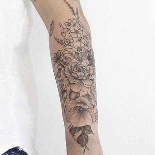 tatuajes en el brazo línea fina