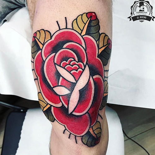 tatuajes en la pierna rosa