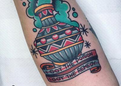 tatuajes old school de veneno