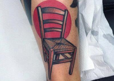 tatuajes old school de una silla