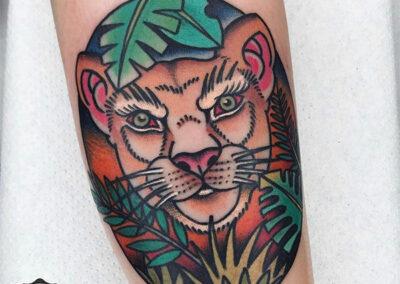 tatuajes old school leona