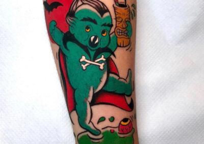 cartoon tattoo de monstruito bailando