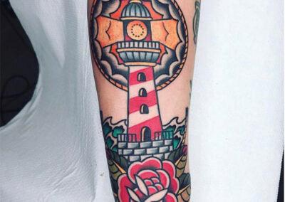 tatuajes old school de un faro