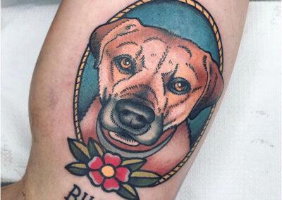 tatuajes old school de un perro