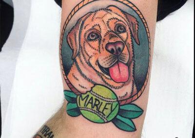 tatuajes old school de perro marley